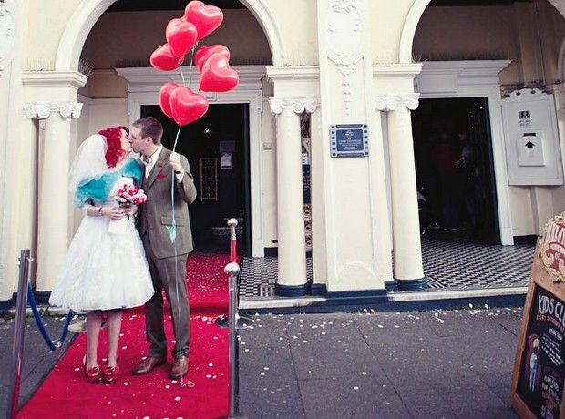 e549f9ce8003 Χρυσό κουφέτο alert! Οι καλύτερες προτάσεις γάμου ...